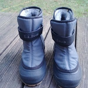 Toddler LL bean snow boots